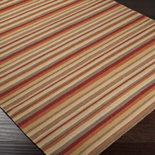 Hand-woven Clovis Red Wool Rug (5' x 8')