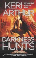 Darkness Hunts (Paperback)