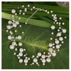 Handcrafted Stainless Steel Freshwater Pearl Ivory Fishnet Beaded Necklace (4 mm and 10 mm) (Thailand)