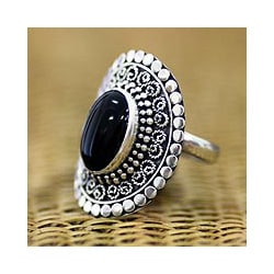 Sterling Silver 'Majesty Halo' Onyx Cocktail Ring (Indonesia)