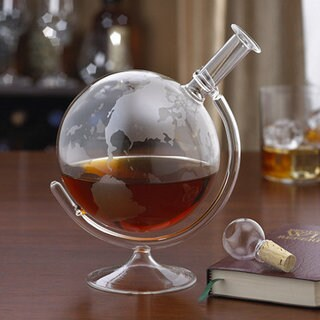 GLOBE SPIRITS DECANTER W/ BASE PERPCRYSTAL GLASS