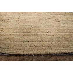 Hand-woven Solid Ivory Wool Rug (5' x 8')