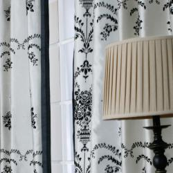 Black Velvet 84-inch Damask Curtain