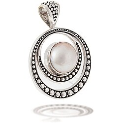Sterling Silver Mabe Pearl Pendant (12 mm)
