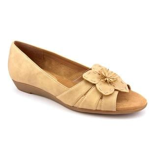 A2 by Aerosoles Women's 'Baccarat' Taupe Flower Sandals