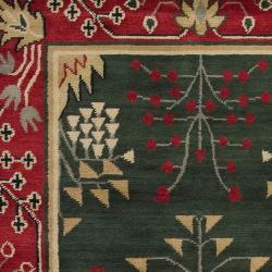 Hand-knotted Red/Green Novelty Malamute New Zealand Wool Rug (5' x 8')