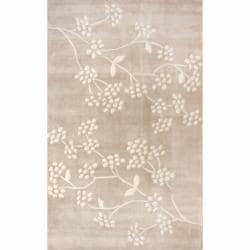 nuLOOM Handmade Pino Beige Spring Season Floral Rug (6' x 9')