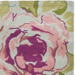 Handmade Chatham Roses Blue New Zealand Wool Rug (2'3 x 9')