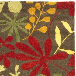 Handmade Soho Brown/Multi Floral-Print New Zealand Wool Rug (2'6