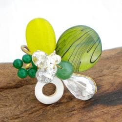 Green Mother of Pearl and Quartz Cluster Ring (7-8 mm)(Thailand)