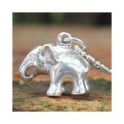 Sterling Silver 'Royal White Elephant' Necklace (Thailand)