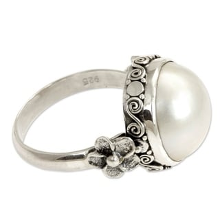 Handmade Vintage Style Antique Romantic Freshwater Pearl Ring (Indonesia)