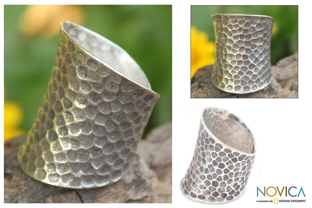 Sterling Silver 'Chiang Mai Moonlight' Ring (Thailand)