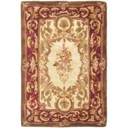 Safavieh Handmade Aubusson Maisse Light Gold/ Red Wool Rug (2' x 3')