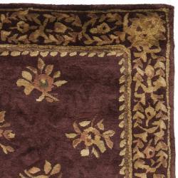 Safavieh Handmade Aubusson Roinville Red Wool Rug (2'6 x 8')
