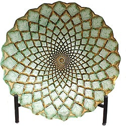 Casa Cortes Hand-painted Gold Weave Artisan Glass Decorative Plate