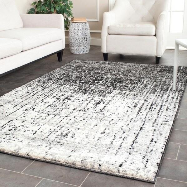 Safavieh Retro Black and Light Grey Rug (5' x 8')