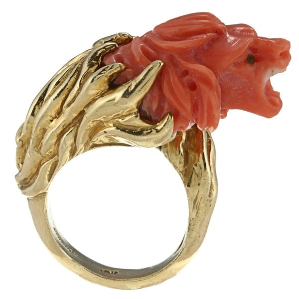 Pre-owned 18k Yellow Gold Carved Coral Lion Head Ring