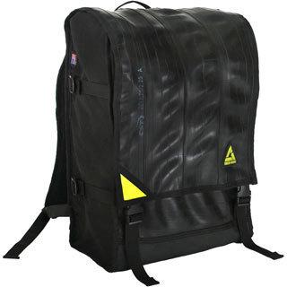 Black 'Ruckus' 17-inch Laptop Backpack