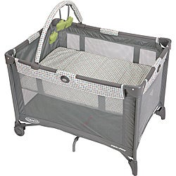 Graco Pack 'n Play Playard with Bassinet in Pasadena