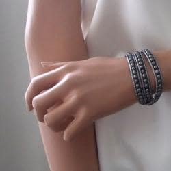 Silver Shadows Freshwater Pearl Wrap Leather Bracelet (Thailand)