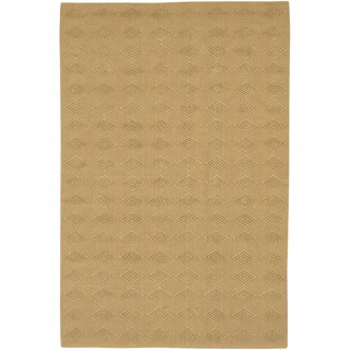 Hand-woven Mandara Tan Diamond Patterned Rug (7'9 x 10'6)