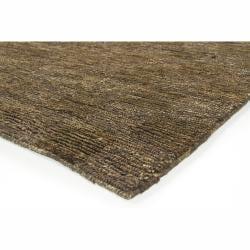 Hand-woven Mandara Brown Rug (5' x 7'6)