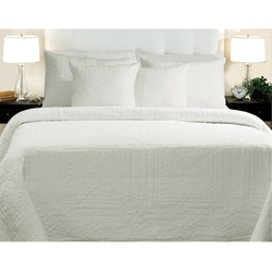 Adele Cotton White 3-piece Quilt Set