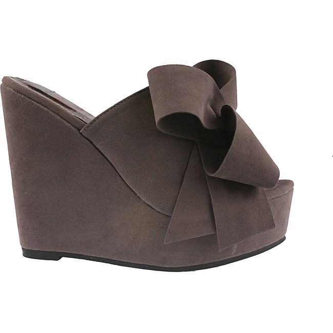 Elegant by Beston Women's 'Camila-2' Grey Platform Slip-ons