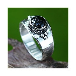 Sterling Silver 'Promise' Onyx Ring (Indonesia)