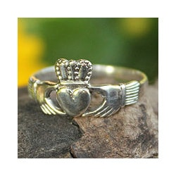 Sterling Silver 'My Heart in Your Hands' Cocktail Ring(Thailand)