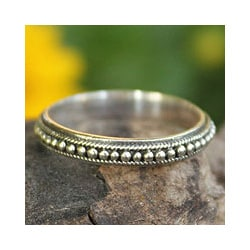 Sterling Silver 'Circle of Stars' Band Ring (Thailand)