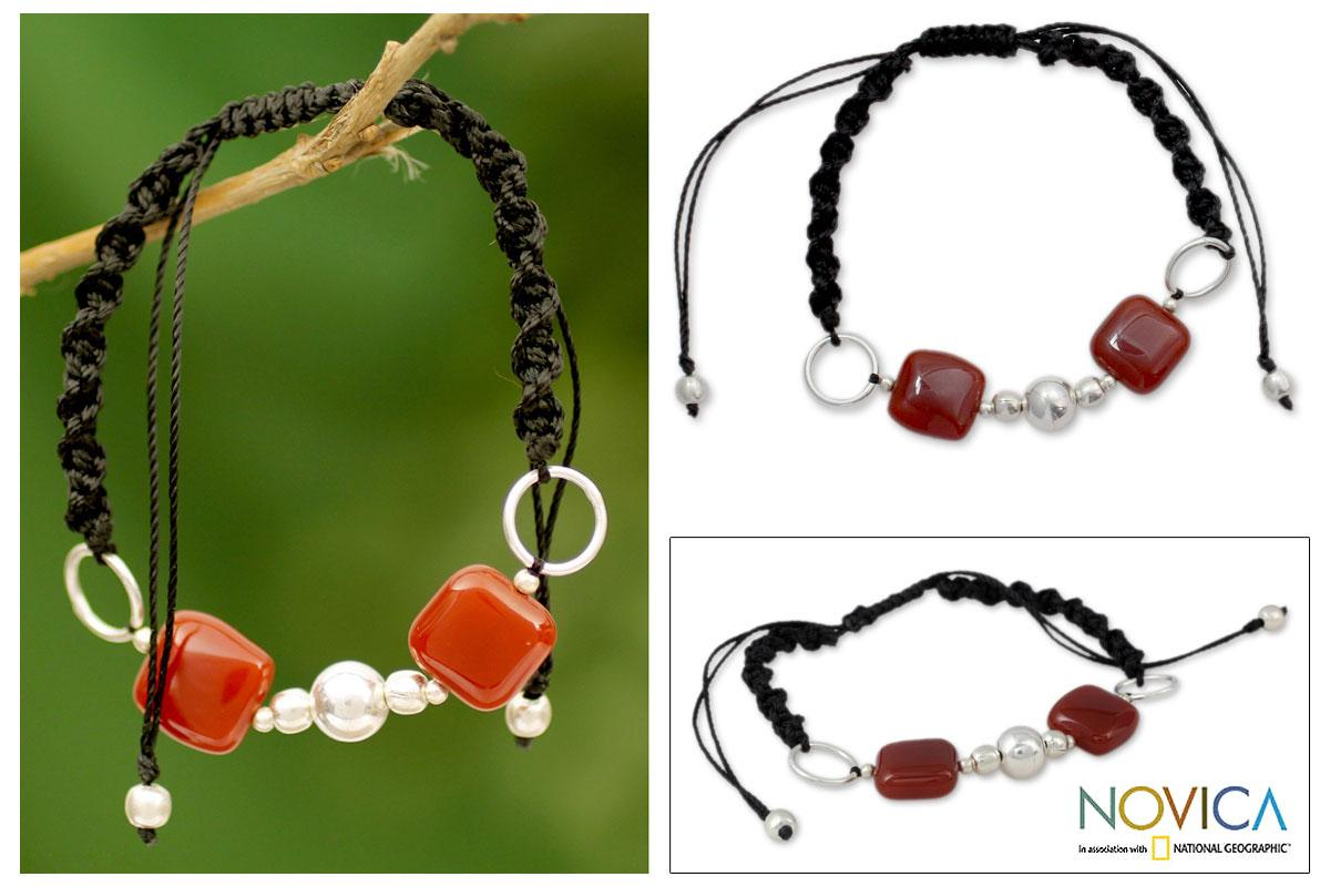 Sterling Silver 'All Are One' Onyx Bracelet (India)