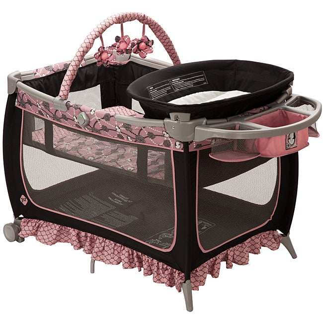 Safety 1st Prelude Playard in Vintage Romance