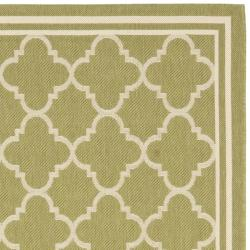 Poolside Green/Beige Indoor/Outdoor Polypropylene Rug (8' x 11'2