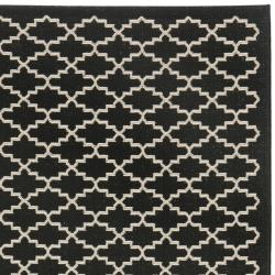 Geometric-Print Poolside Black/Beige Indoor-Outdoor Rug (6'7
