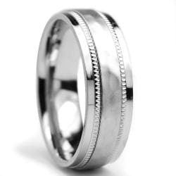 Oliveti Titanium Men's Milligrain Brushed and Hammered Ring (7 mm)