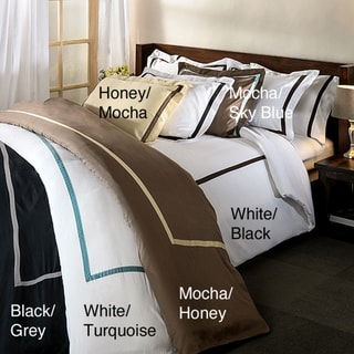 Hotel Collection 300 Thread Count Solid Full/Queen-size 3-piece Duvet Cover Set