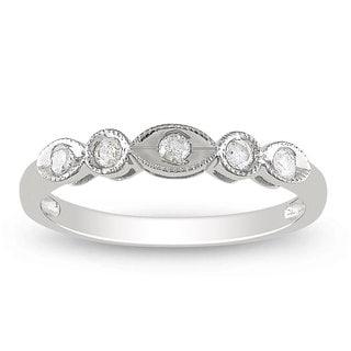 Miadora 10k White Gold 1/6ct TDW Round-cut Diamond 5-stone Anniversary Ring (H-I, I2-I3)
