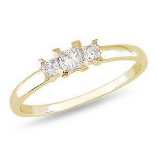 Miadora 10k Yellow Gold 1/4ct TDW Princess Diamond 3-stone Ring (H-I, I2-I3)