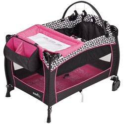 Evenflo BabySuite 300 Playard in Marianna