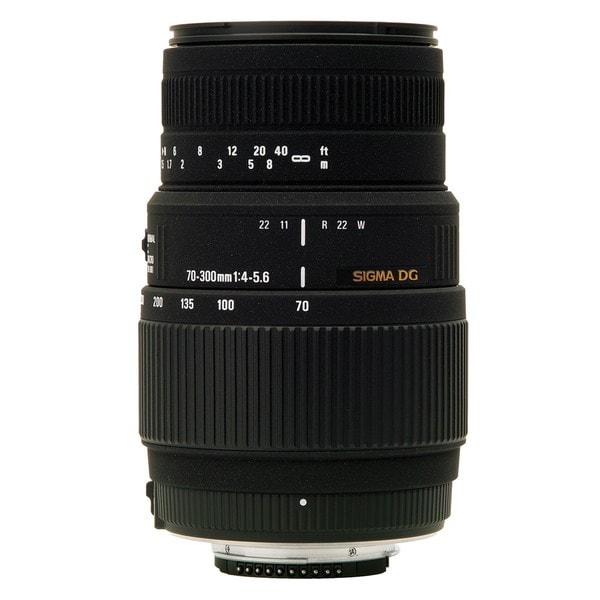 Sigma Zoom Telephoto 70-300mm f/4-5.6 DG Macro Autofocus Lens for Nikon AF-D