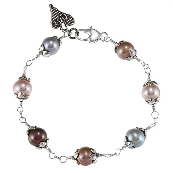 Charming Life Sterling Silver Multi-colored FW Pearl and Heart Charm Bracelet (7-8 mm)