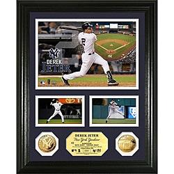 Derek Jeter Gold Coin 'Showcase' Photo Mint