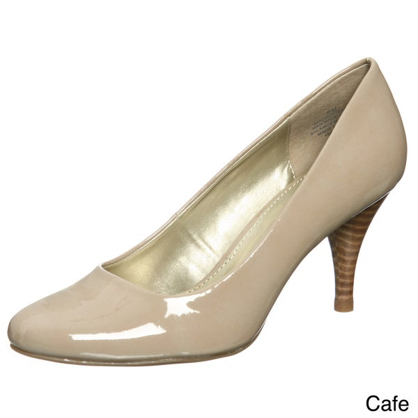 Bandolino Women's 'Courteous' Round Toe Pump