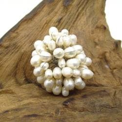 Sweet Dandelion Freshwater White Pearl Floral Blast Ring (Thailand)
