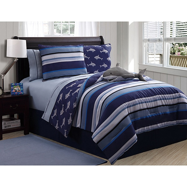 VCNY Shark Reversible 3-piece Printed Patterned Twin-size Comforter Set