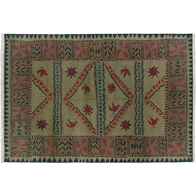 Olive 4' x 6' Sundial Wool Rug (India)