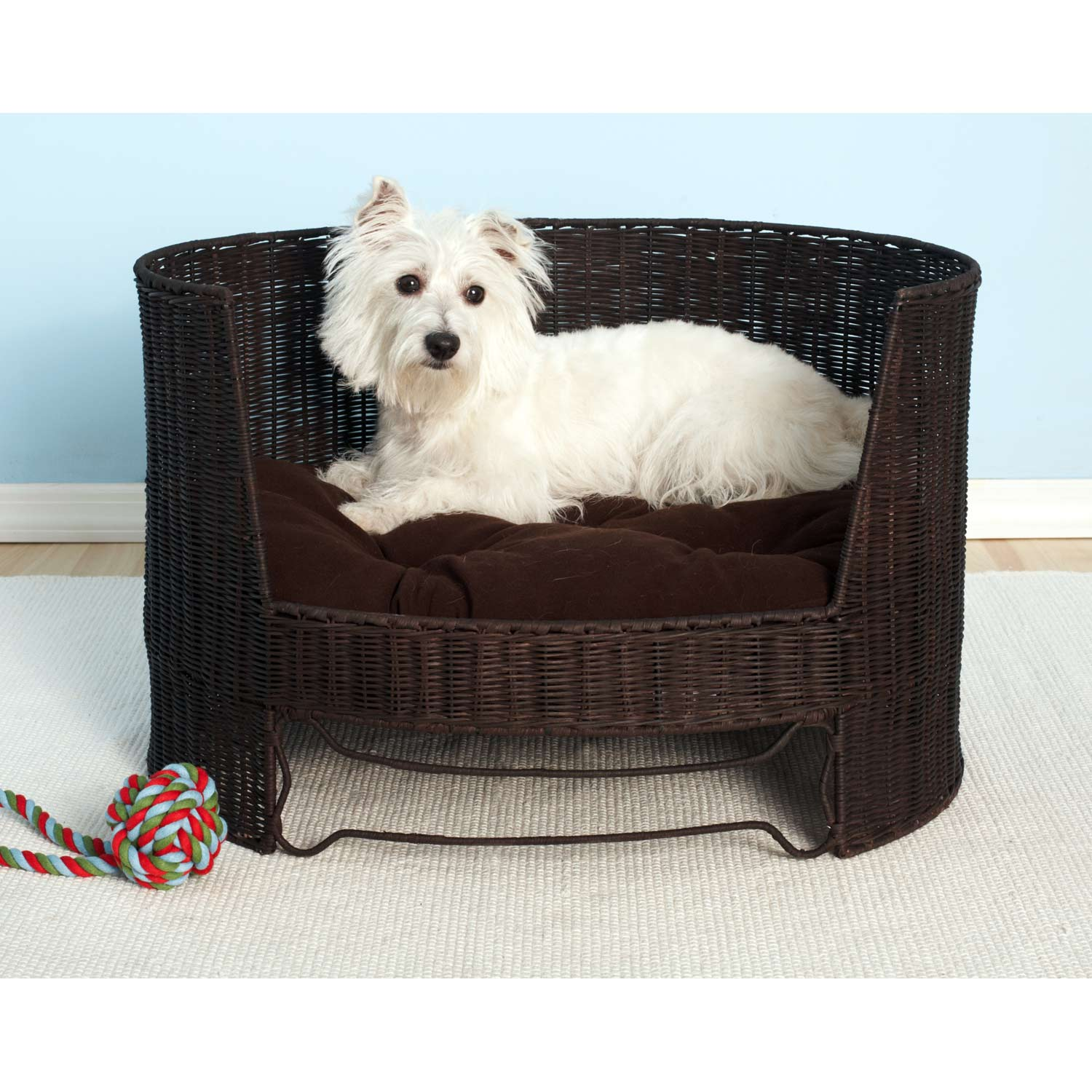 Handwoven Faux-wicker Pet/Dog Day Bed with Brown Indoor Cushion