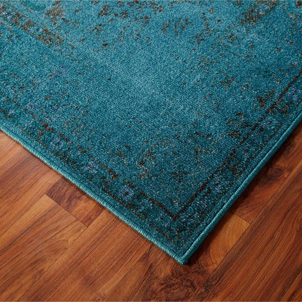Over-dyed Distressed Traditional Teal/ Grey Area Rug (6'7 x 9'6)